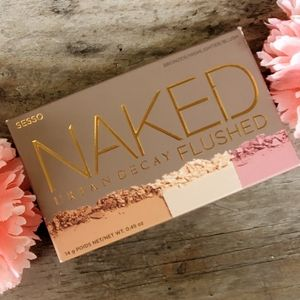 NIB Urban Decay Naked Flushed Palette